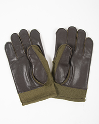 wool-gloves-palms-s