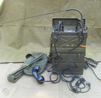 wwii-radio-receiver-transmitter-scr_1_bb91a920c9b2795fe04ce83eac382d45